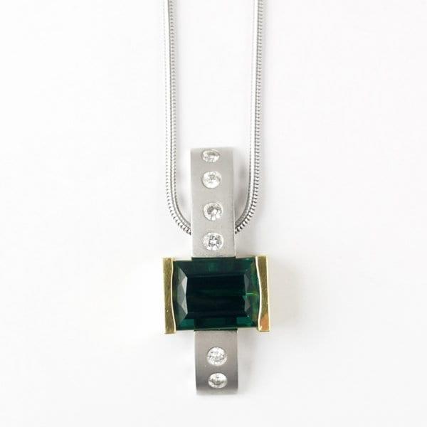 18KWY Green Tourmaline Necklace CH589