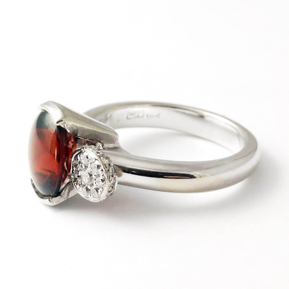 Garnet Ring R859 Facing Left