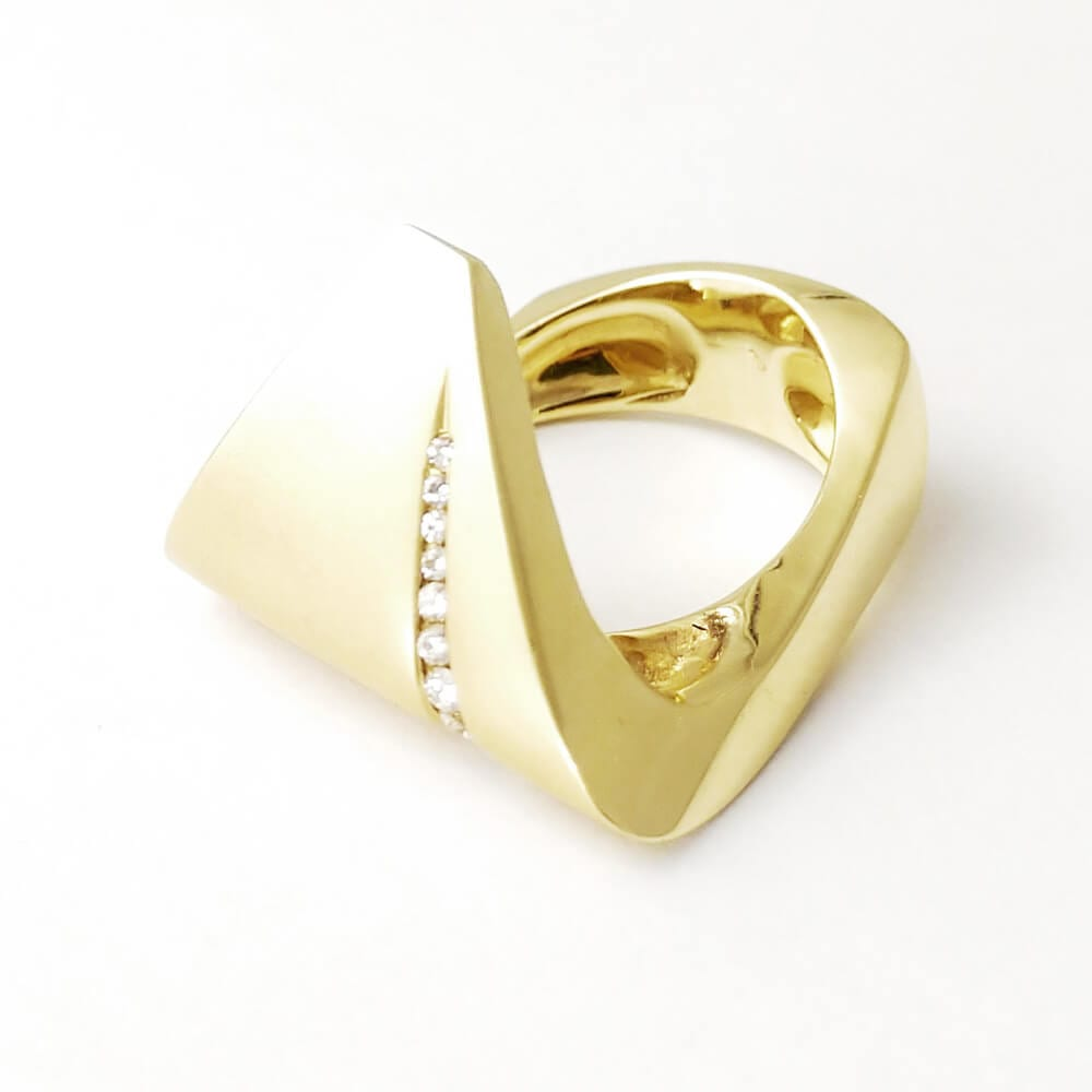 14KY Wave Diamond Ring R067