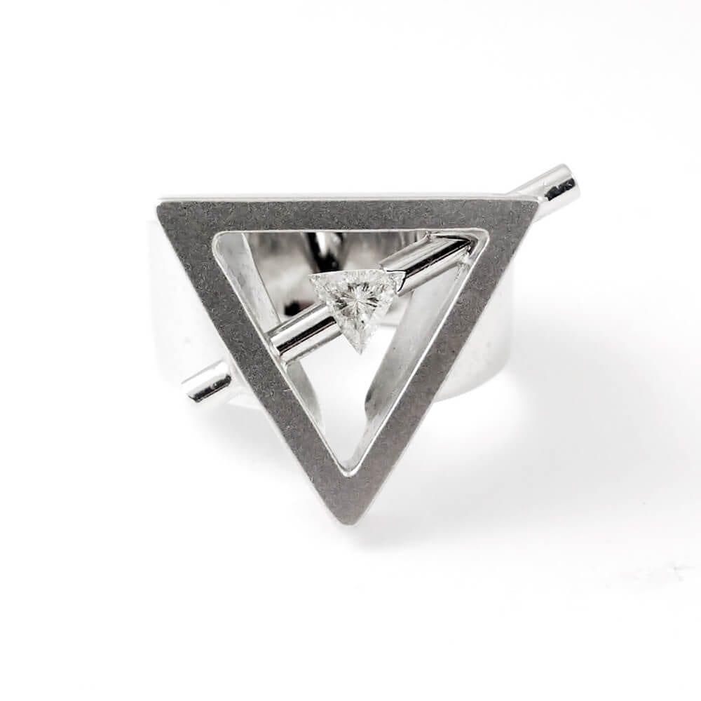 18KW Art Deco Diamond Ring R766