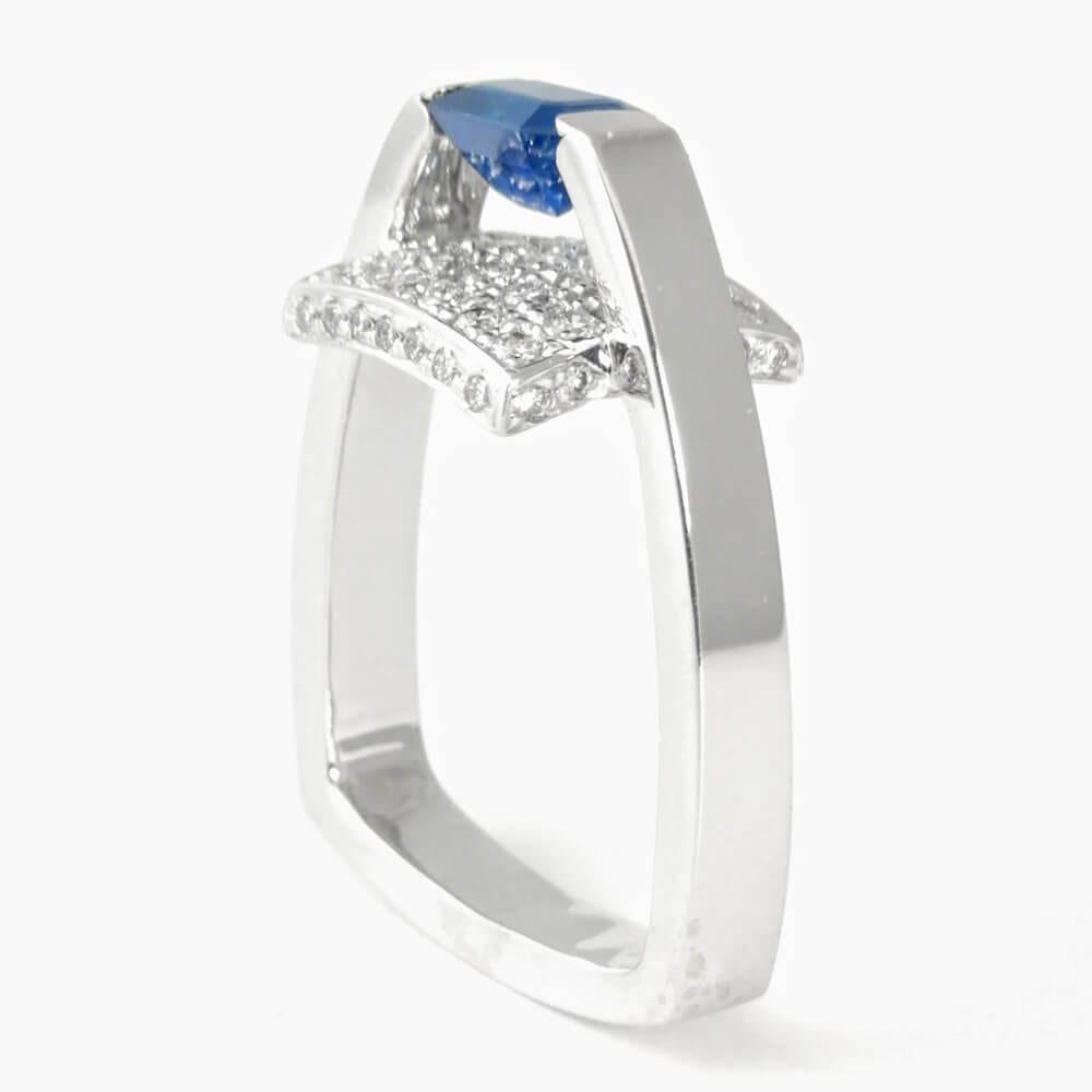 14KW Modern Blue Sapphire Ring R959
